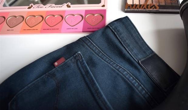 fevrier-pantalon